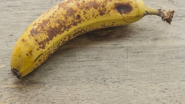 Imate prezrele banane? S ovih 9 recepata neće vam propasti