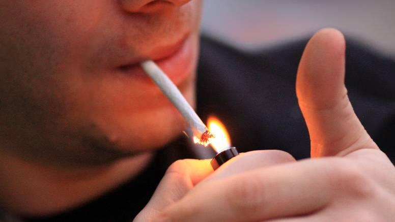 'Ko je pušio, pušio je! Austrija miče pepeljare čak i iz barova...