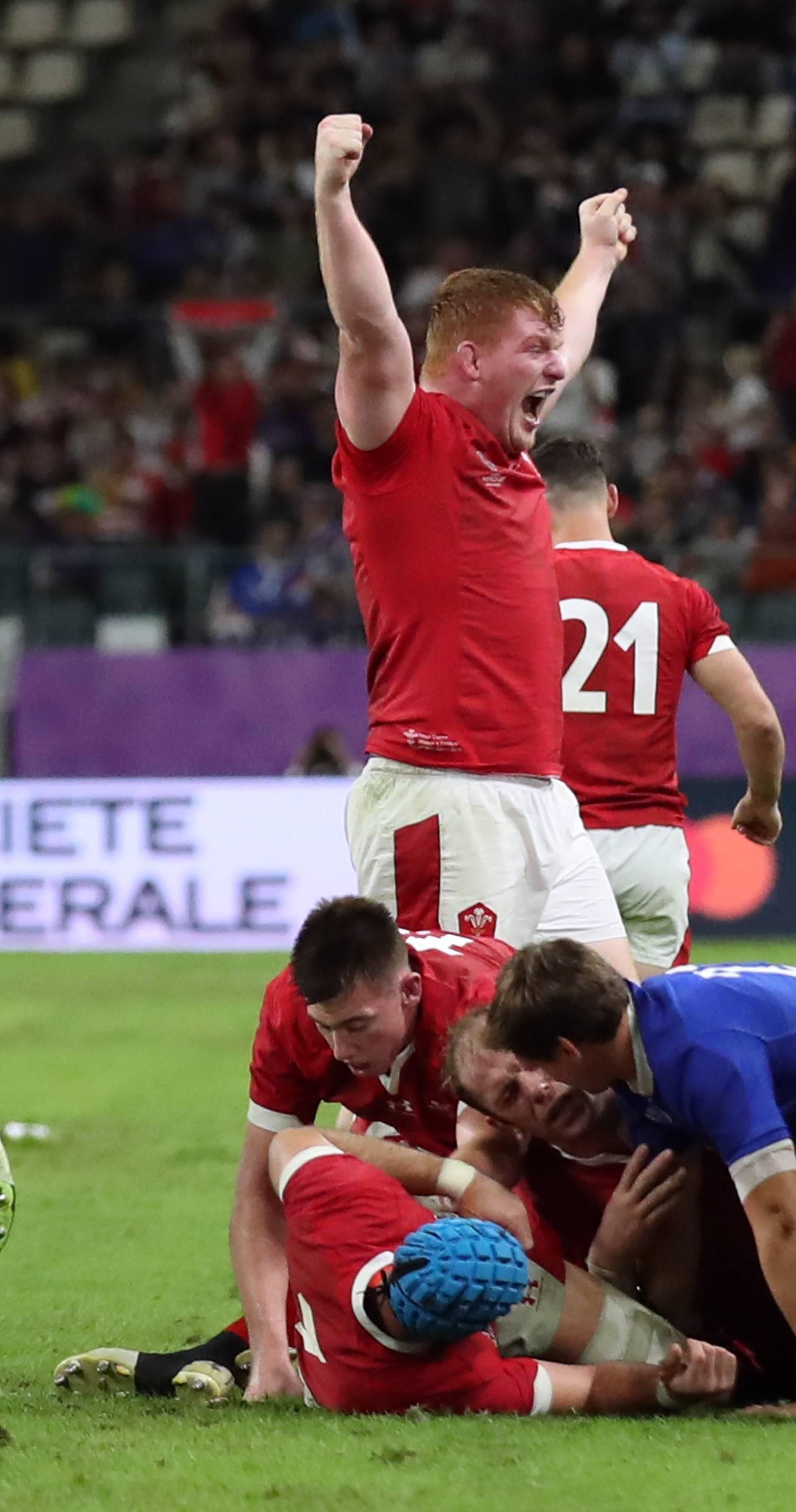 Wales u polufinalu: Francuska izgubila sve s igračem manje