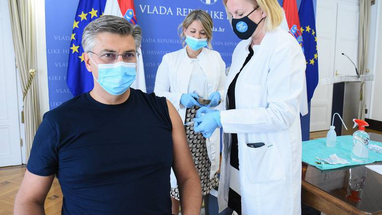 Plenković je primio drugu dozu cjepiva: 'Čuvajte svoj život'