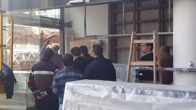 Okupio radnike: Ovako gazda Tomo  drži motivacijski govor