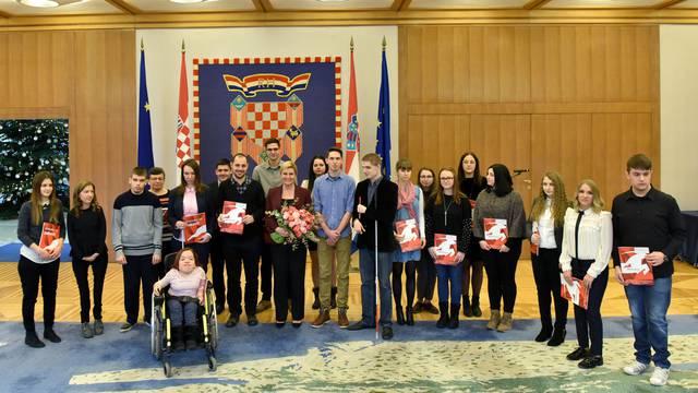 Veladrion i ORYX Grupa pomažu studentima s invaliditetom