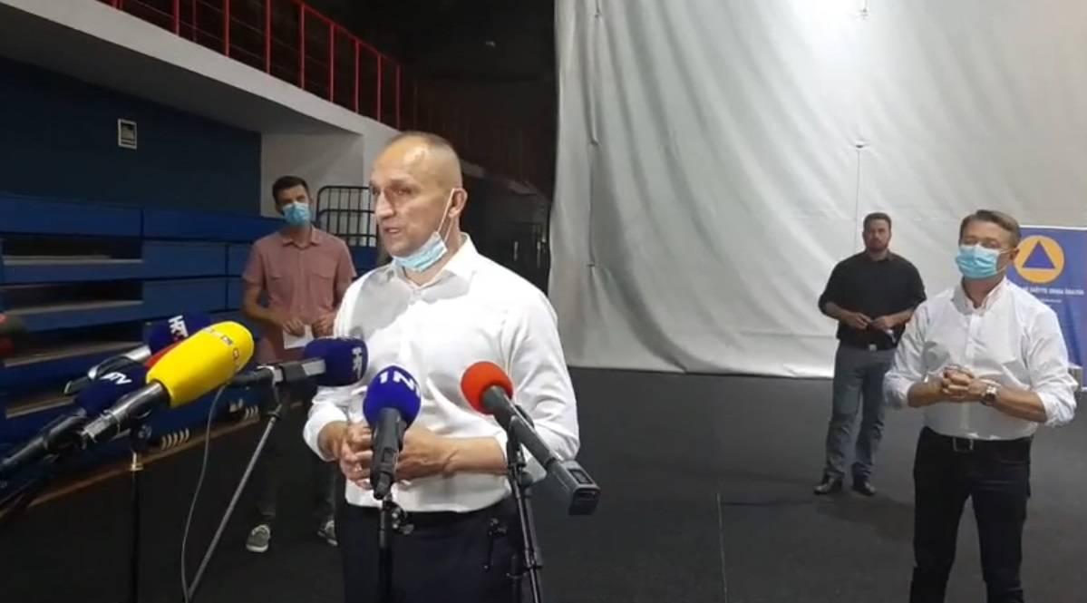 Nove mjere u Đakovu: Nema krizmi i vjenčanja, ograničili su broj kupaca u trgovinama