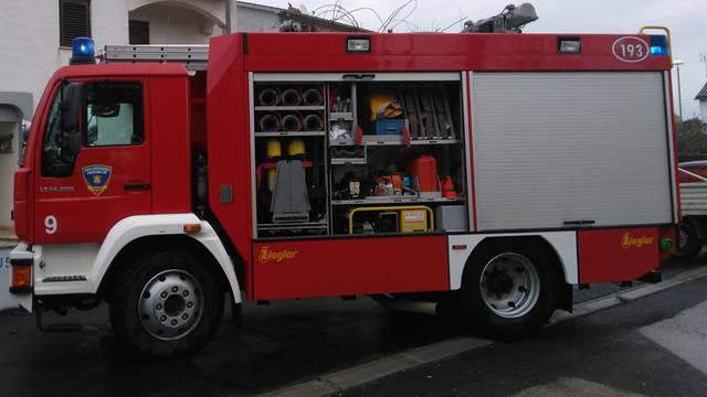 Muškarac ozlijeđen u požaru na Čiovu: Zapalila se kuhinja u kući