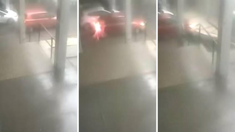 Izbjegao tragediju: Golemi dio krova zamalo mu zdrobio auto