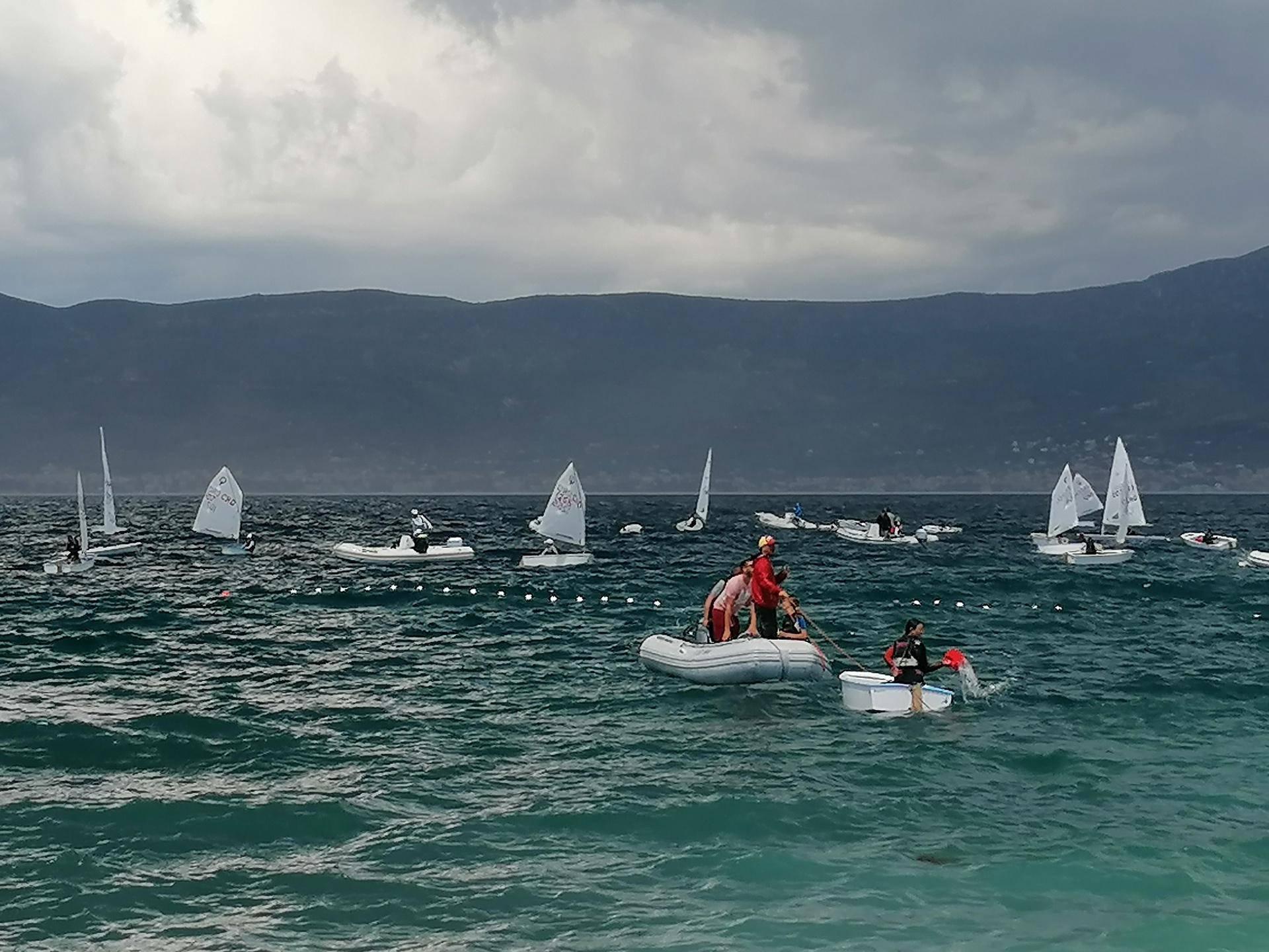 Mlade jedriličare je nevrijeme odnijelo na obalu Čiova: 'Skočili su u more i plivali do plaže'