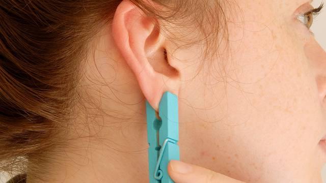 Bez lijekova: Mučnine i migrene riješite lakim pritiskom na uho