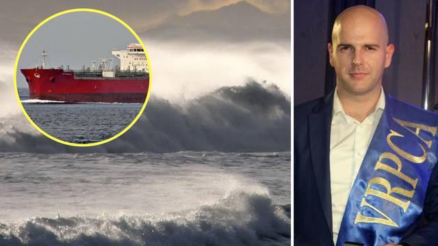 Luka se spustio s 21 metra  u podivljale valove i spasio živote