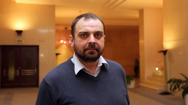 Pedofil mu ubio kćer: Bravar iz Srbije sam napisao novi zakon