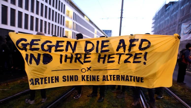 U Njemačkoj blokirane ulice: 12.000 ljudi protiv desničara