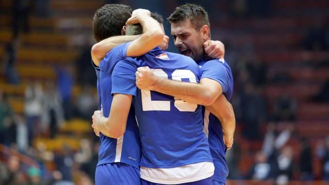 Preokreti i infarktne završnice: Futsal Dinamo čeka Square...