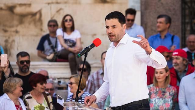 Bernardić: Pomoći ćemo onima koje je Vlada ostavila na cjedilu