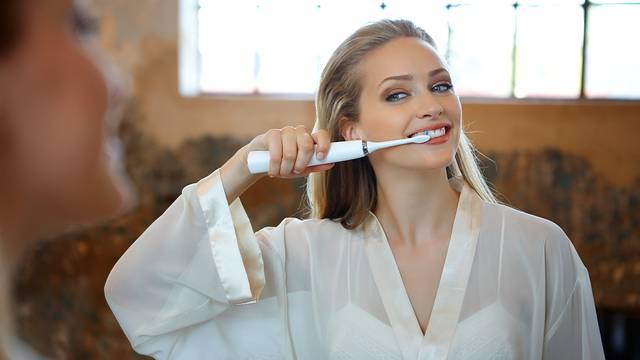Sve prednosti korištenja električnih četkica za zube