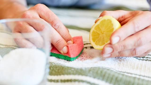 Limun je učinkovito sredsvo za čišćenje doma - za gotovo sve