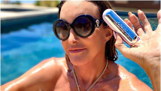 Caitlyn se ne osvrće na skandal Kardashiana: Uživa na bazenu