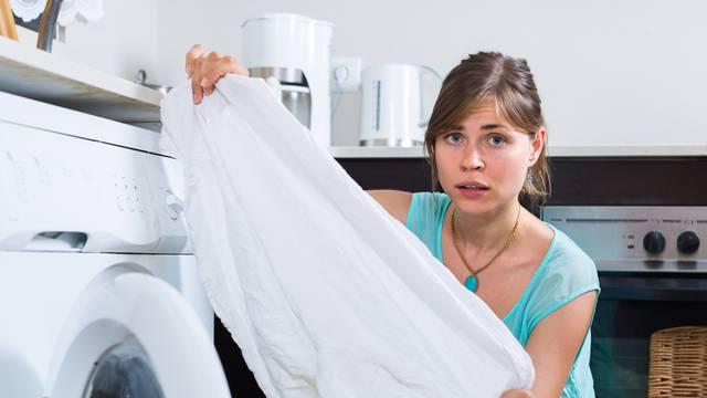 Top metode uklanjanja masnih mrlja s odjeće, ali i cijelog doma