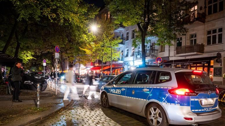 Mladić iz Ivanić Grada ubijen u Njemačkoj. Policija istražuje smrt. Trojac ga ubio granom?