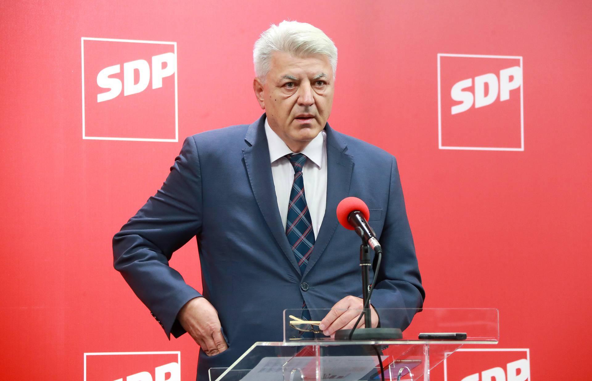 Zagreb: U SDP-u prebrojani gotovo svi glasovi, u drugi krug  idu Grbin i Kolar