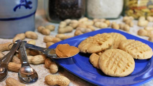 Slasni keksi od kikiriki maslaca