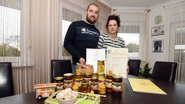 'Skoro šest tona kvalitetnog meda prodamo iz našeg doma'