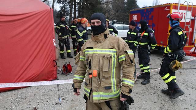 Vatrogasac iz Berlina pomaže u sanaciji Petrinje nakon potresa