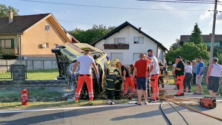 Vatrogasci rezali lim da izvuku vozača Hitne: 'Ne pamtimo ovakvu tragediju u Suhopolju'