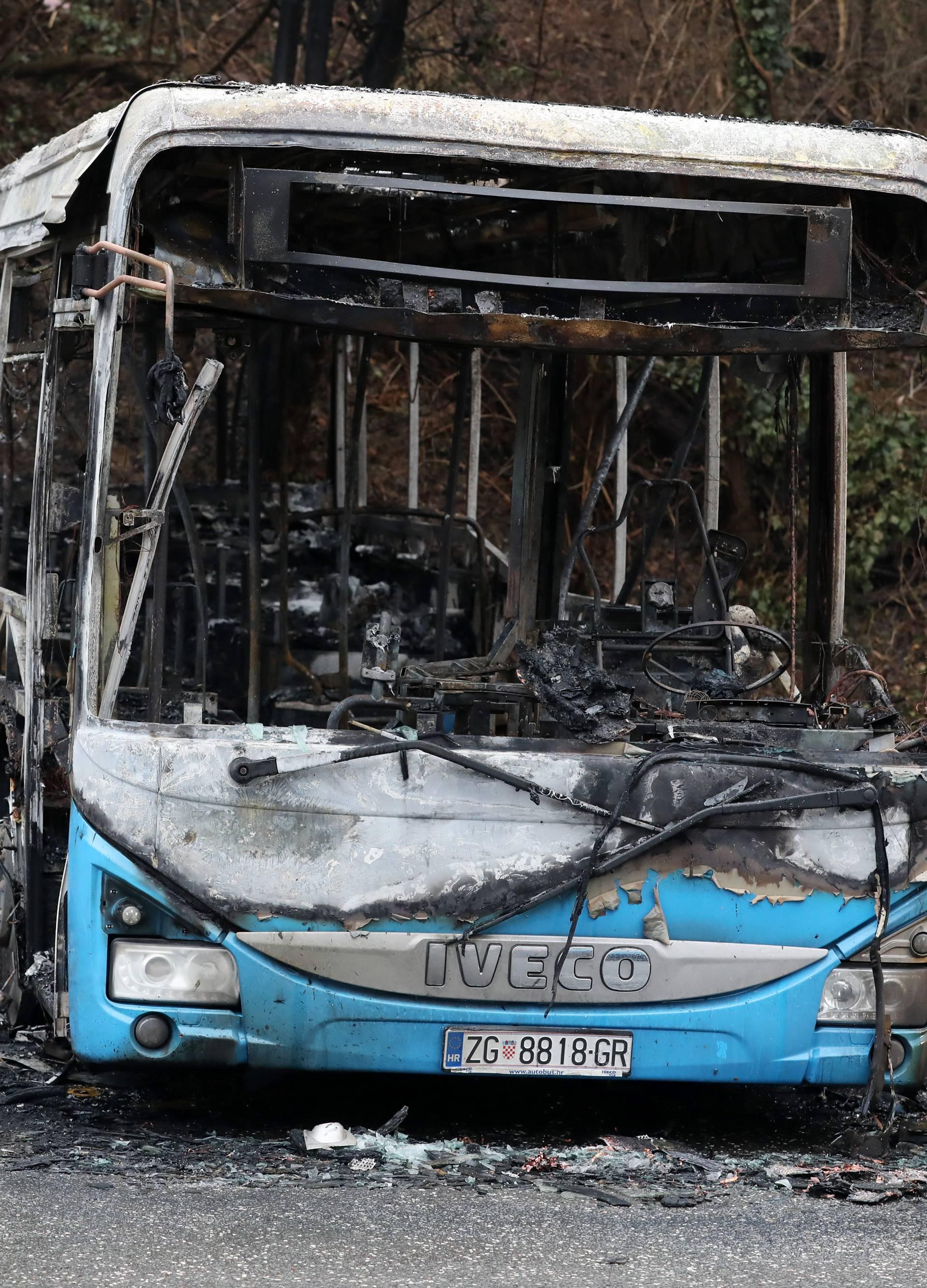 Zagreb: Na Åestinama izgorio autobus ZET-a