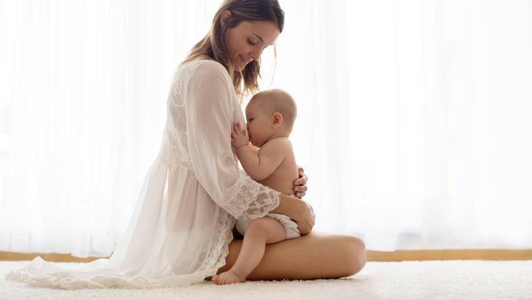 Roditelji za uspomenu čuvaju mliječne zube, kosu, a i šmrklje