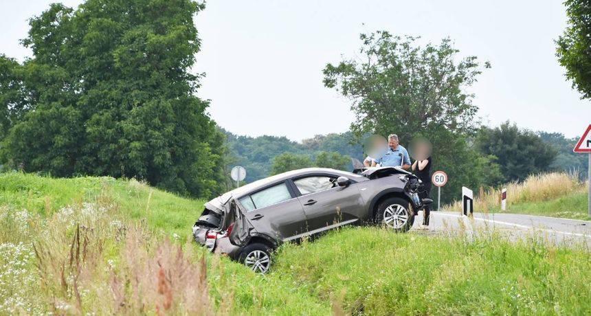 Dvije žrtve na sjeveru Hrvatske: Jedan s ceste sletio autom, a drugi je sletio s motociklom...