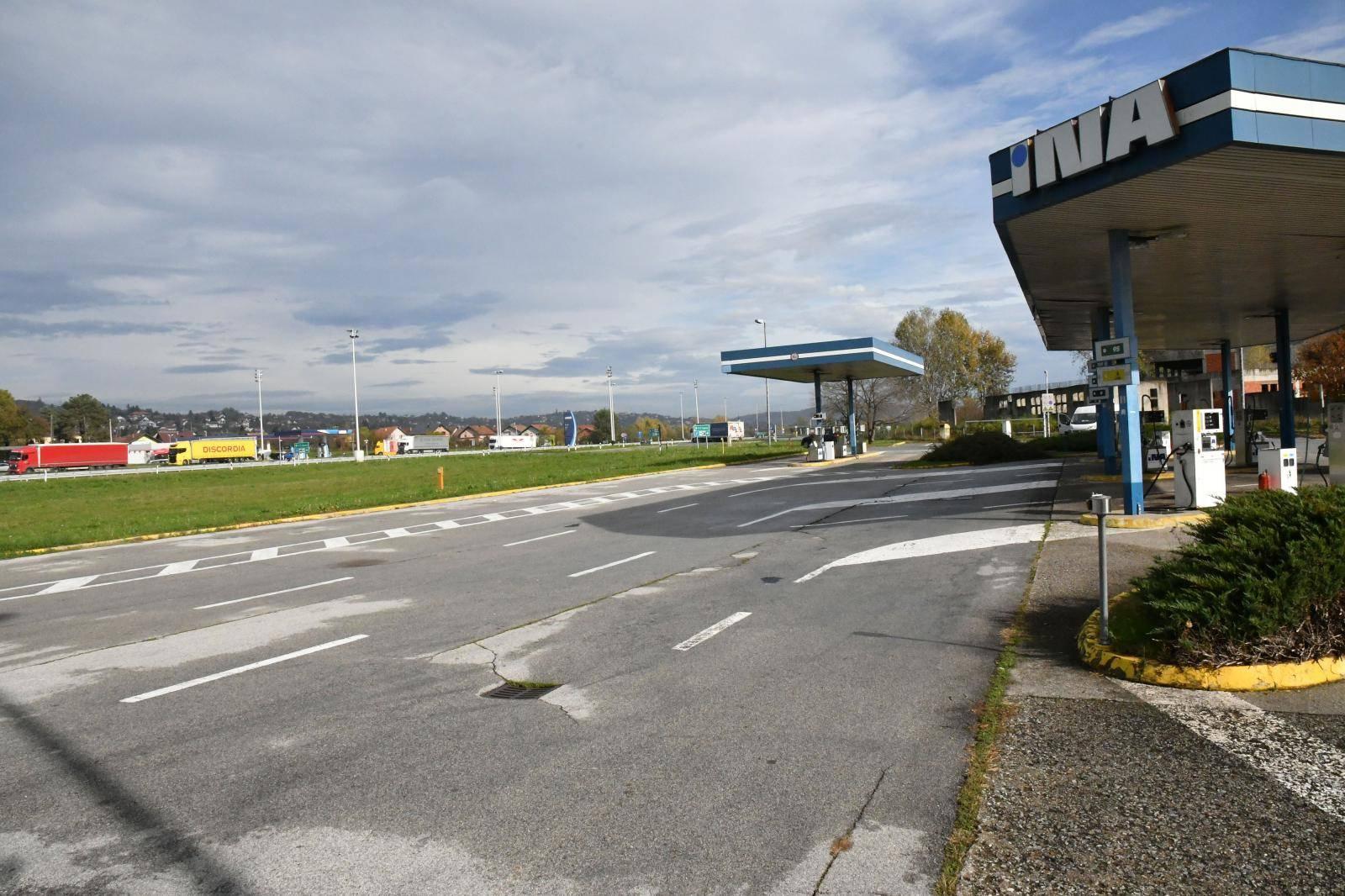 Odmorište na autocesti A3 pokraj Slavonskog Broda gdje su se na parkiralištu sukobili navijači