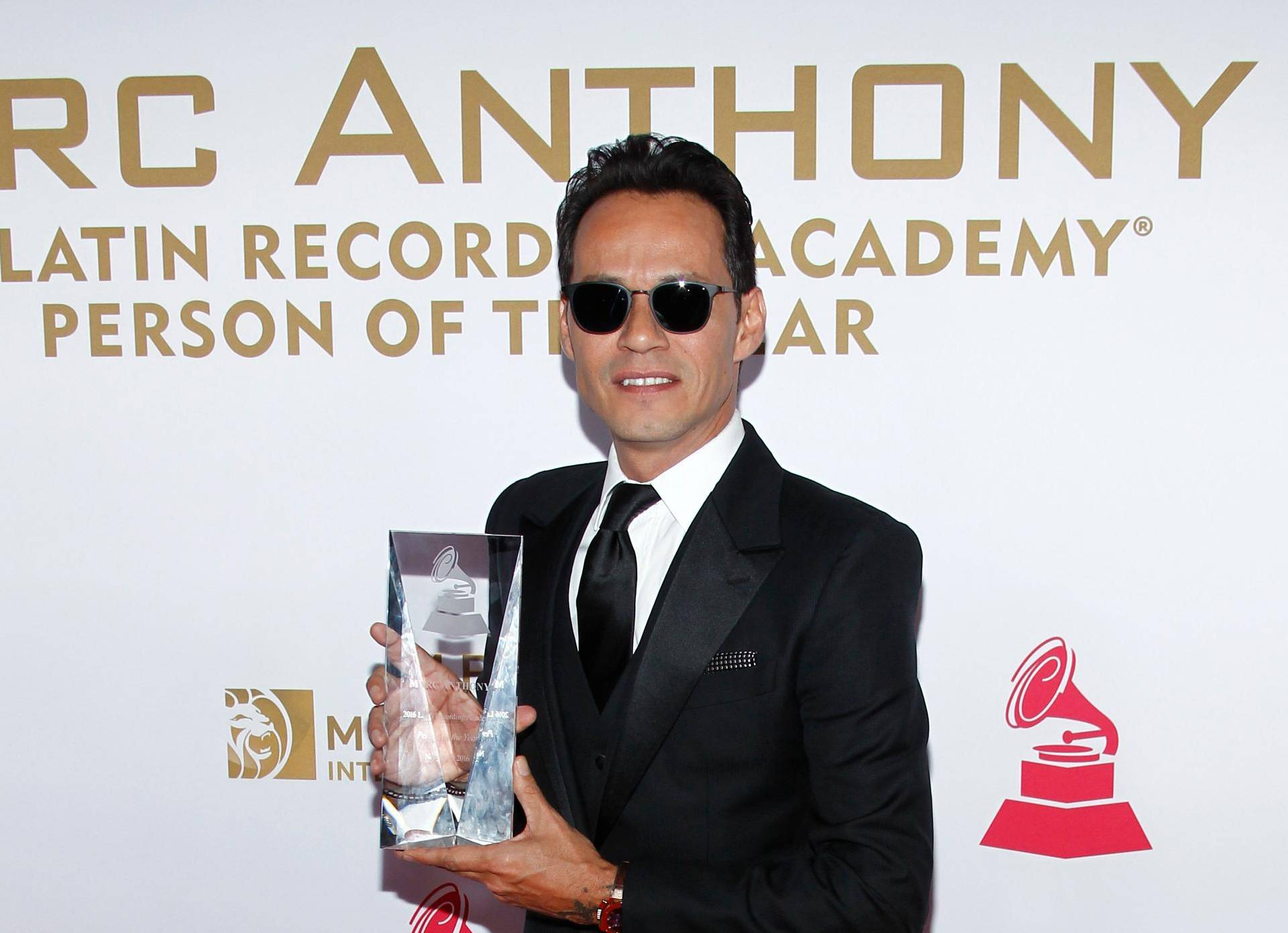 2016 Latin Grammy Awards - Person of the Year - Arrivals