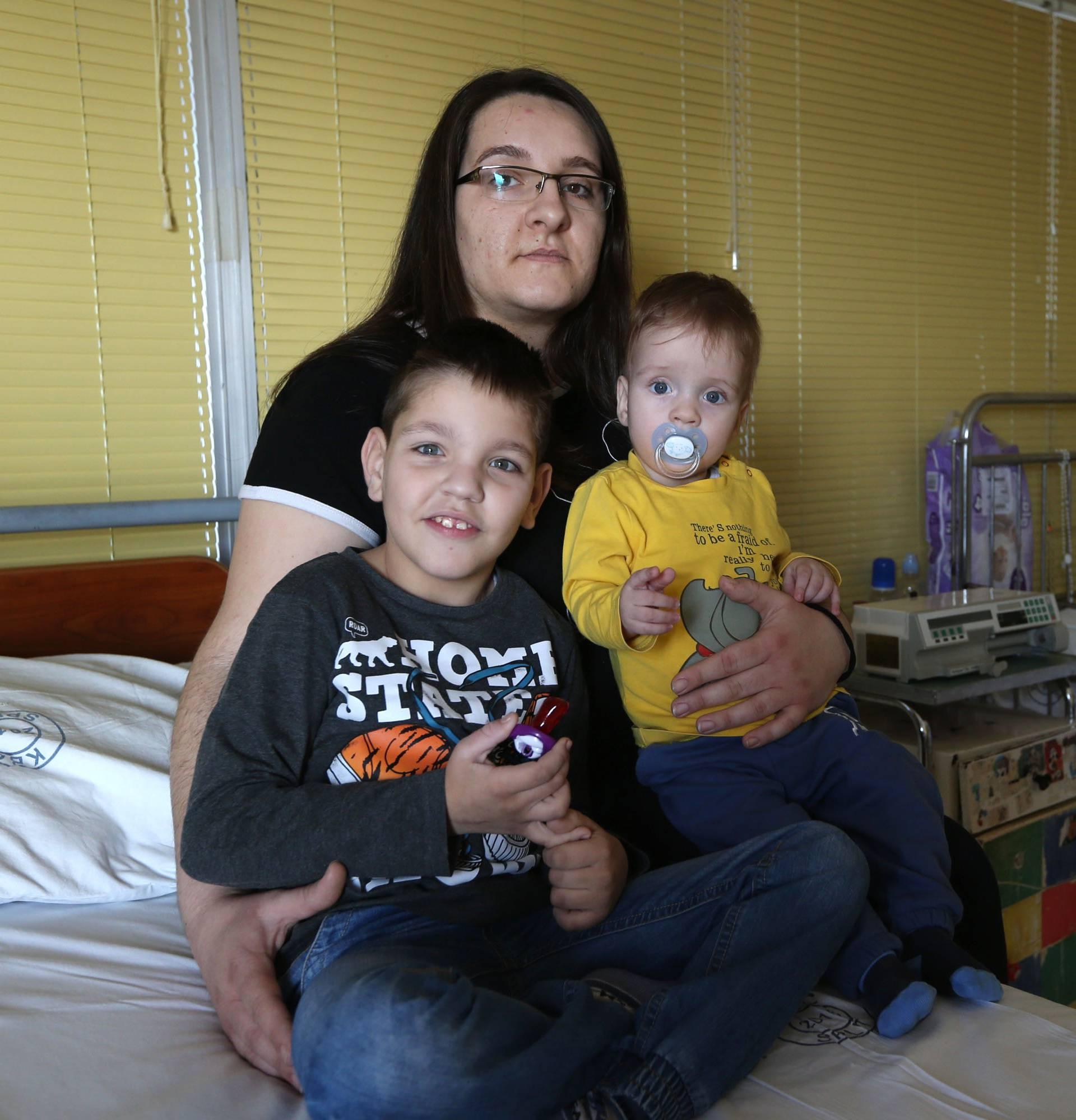 'Moji sinovi od rođenja čekaju bubreg': Sustav ne mari za njih