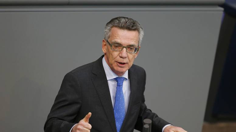 Njemački ministar: Izbjeglice iz Afganistana ostanite kod kuće