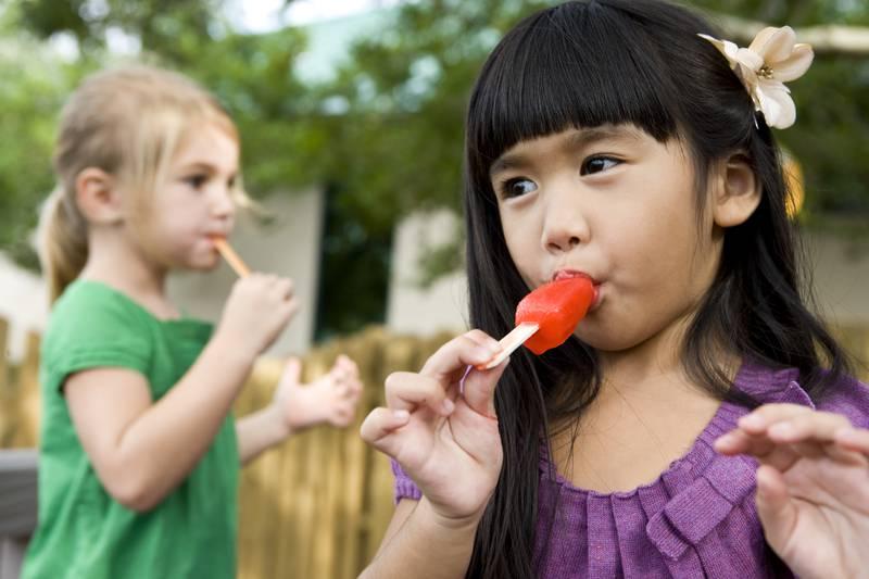 Najbolji recepti za fine ledene štapiće u kojima će djeca uživati