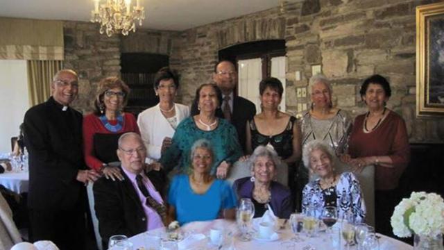 Obitelj s 12-ero braće i sestara svi zajedno imaju 1042 godine