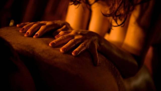 Cjenik seks usluga za ulogu u filmu: 'Položio bi ruku na lijevu dojku koju bi dobro ispipkao'