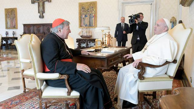 Papa razgovarao s kardinalom kojeg su oslobodili optužbi za seksualno zlostavljanje