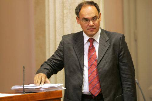 R. Anić