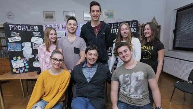 "Učenici Prirodoslovne škole ""Vladimir Prelog"", Zagreb"