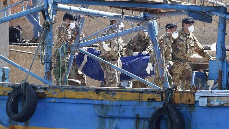 Preživjeli: Pet sati smo plutali na našim mrtvim suputnicima
