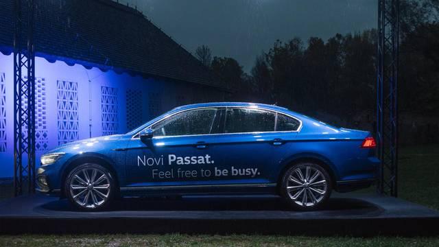 Volkswagen predstavio novi logo marke i obnovljeni Passat