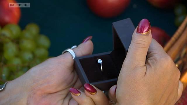 Vinko kupio prsten, a Andre je priznao Sonji da postoji druga