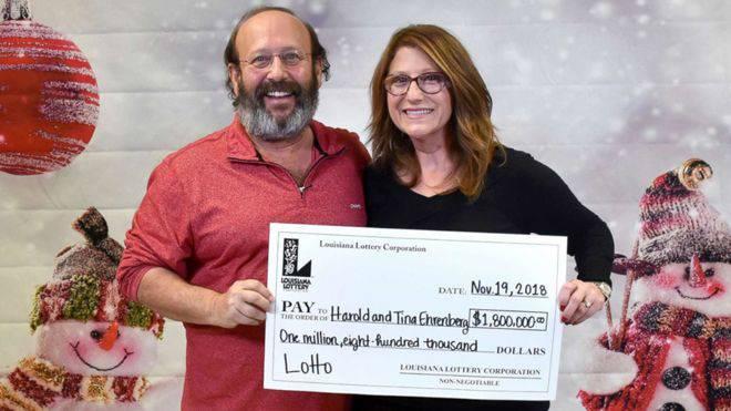 Čistili su stan i pronašli dobitni listić: Osvojili su 1,8 milijuna $