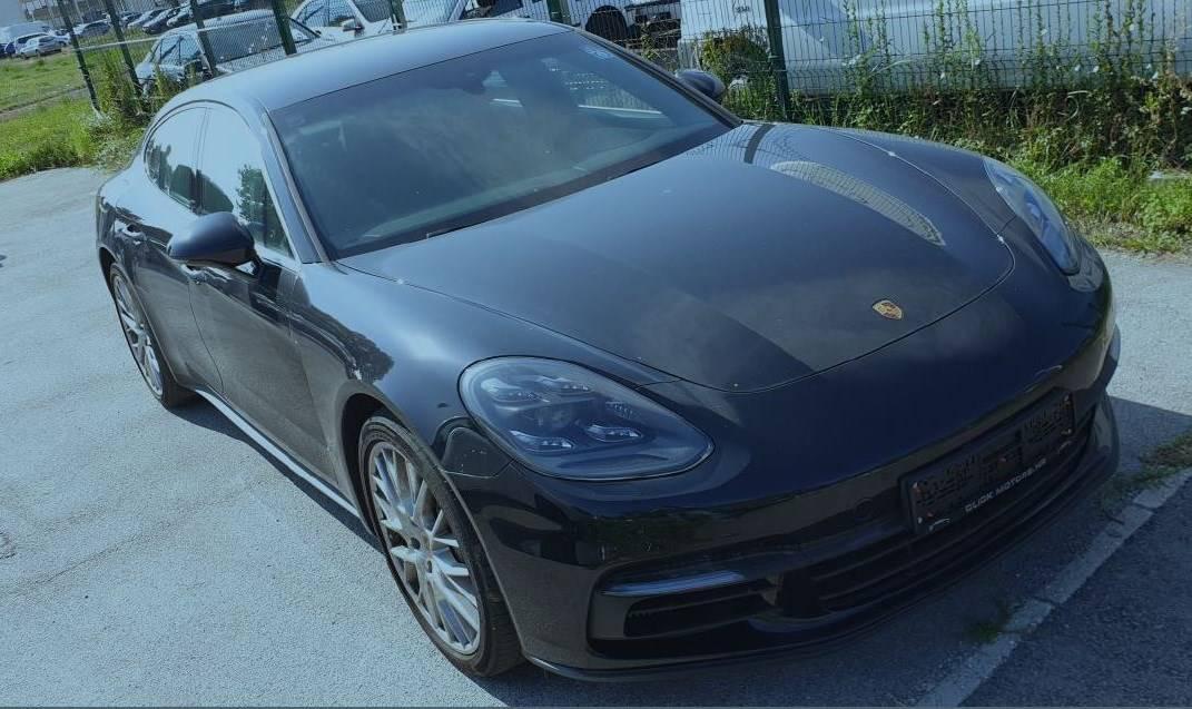 MUP prodaje aute kriminalaca, a  tu je i Porsche 'zločinačke'