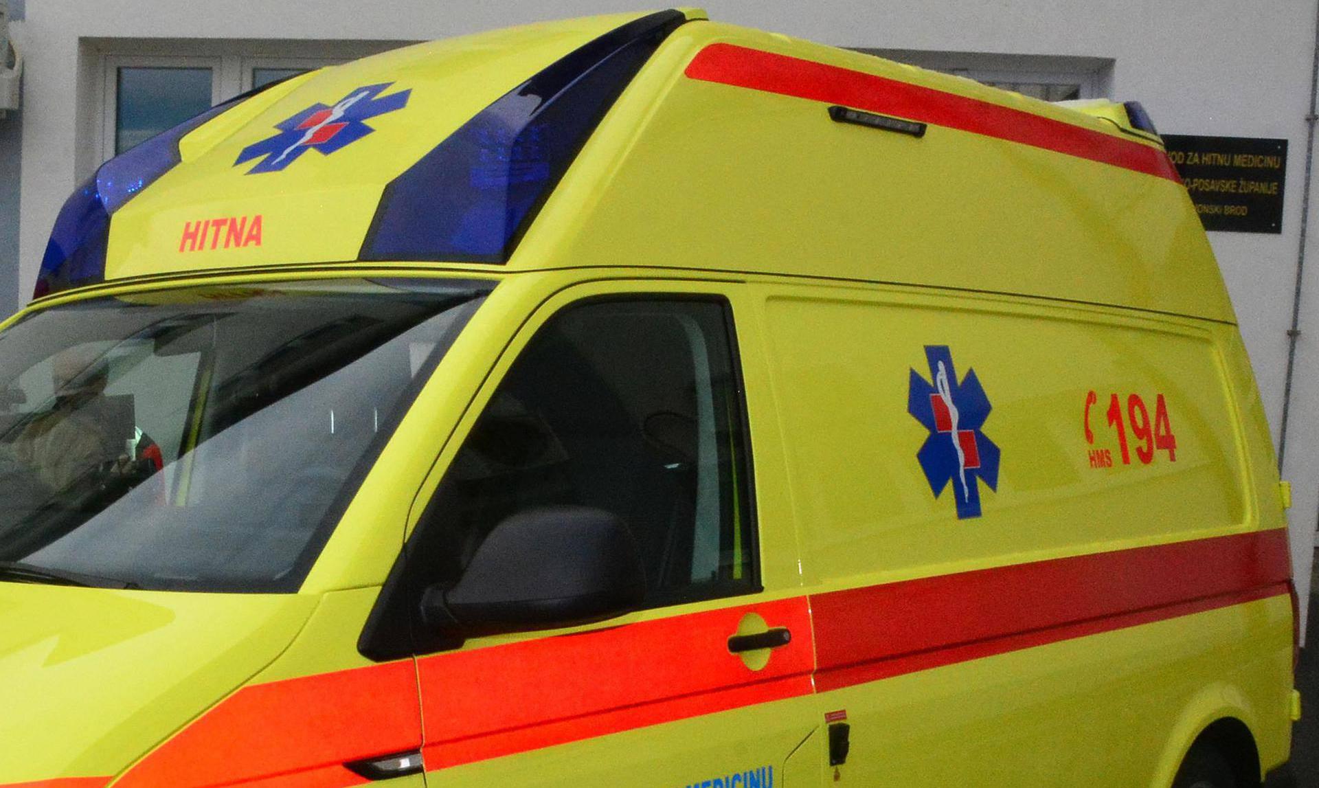 Dijete silazilo s bicikla i upalo u šaht: Teško je ozlijeđeno