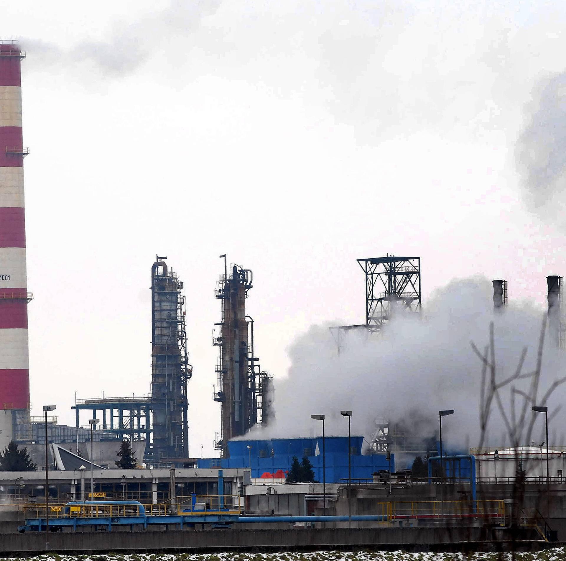 Treba ograničiti isporuku nafte Rafineriji Brod preko JANAF-a