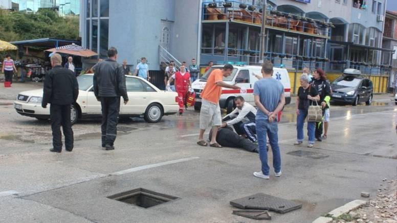 Češki turist s motorom upao u šaht nasred ceste u Mostaru