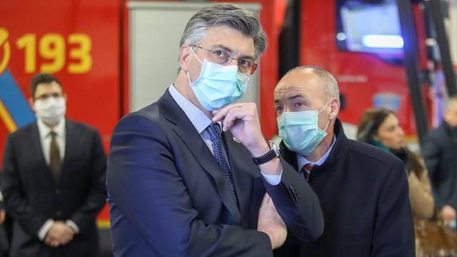 Zagreb: Premijer Plenković posjetio Javnu vatrogaasnu postrojbu