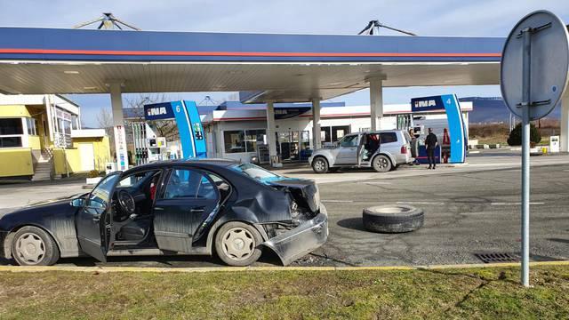 Nova nesreća na odmorištu Novska: Kotač otpao s kamiona i zabio se u parkirani automobil