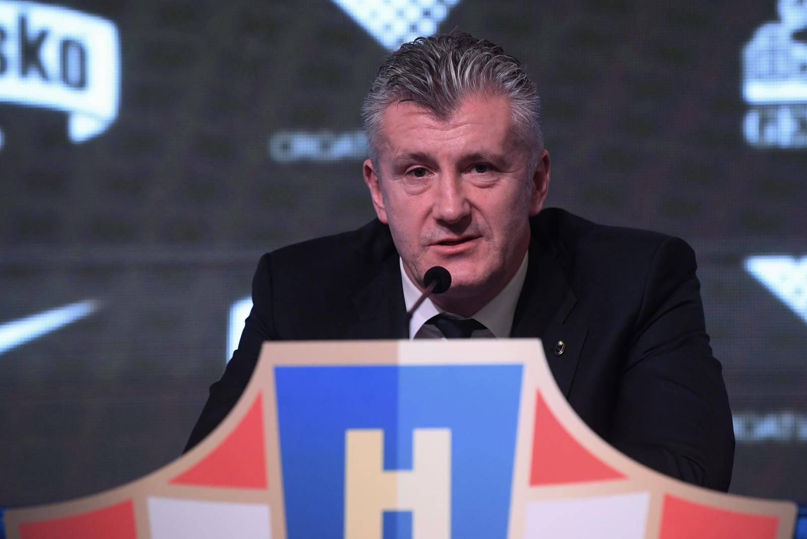 Zagreb: Davor Šuker održao konferenciju za medije nakon skupštine HNS-a
